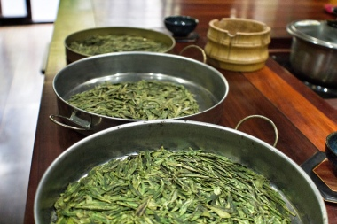 3 grades of dragon well green tea